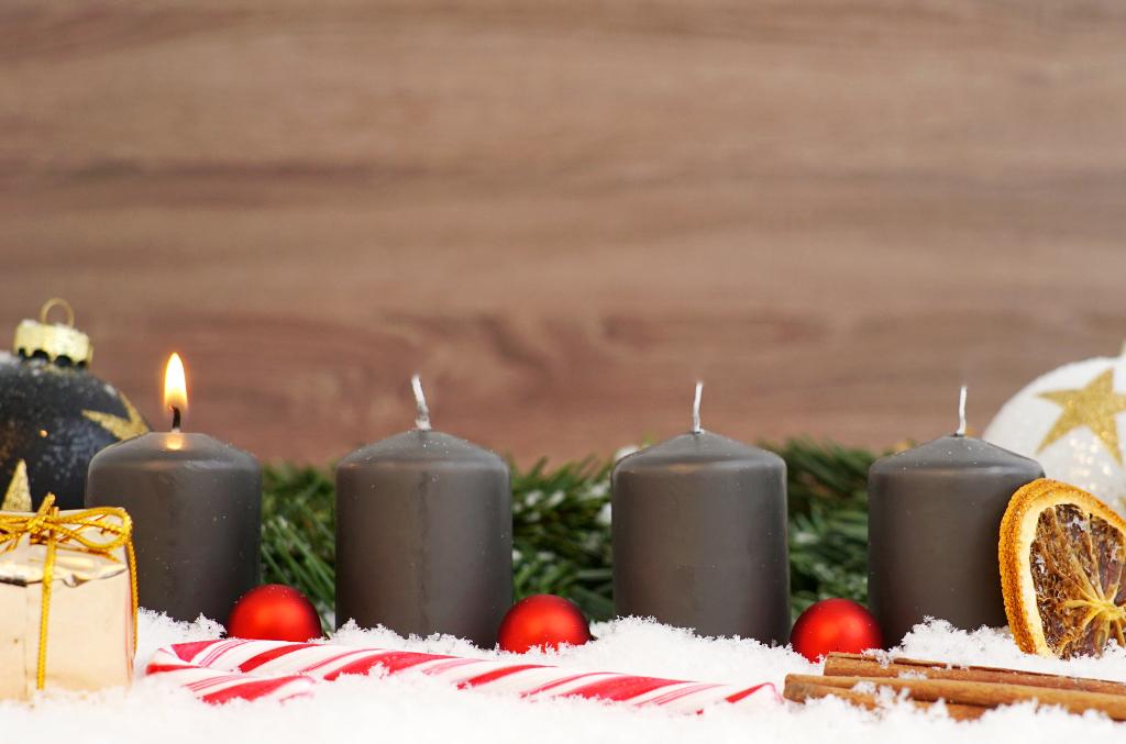 frohes fest einen sch nen 1 advent lizenzfreie fotos. Black Bedroom Furniture Sets. Home Design Ideas