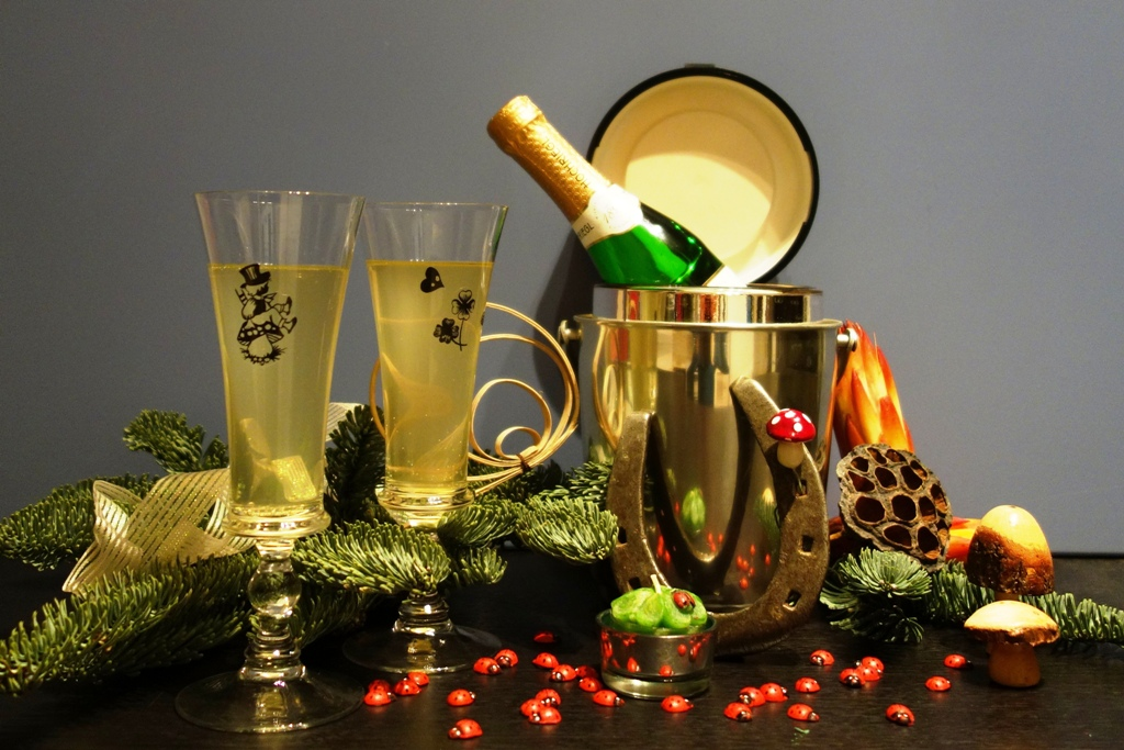 Wir wünschen ein frohes neues Jahr und alles Gute