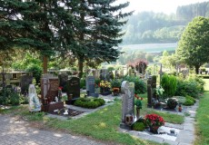 Friedhof Grabsteine
