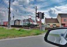 Bahnübergang – Achtung Zug