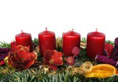 Adventskranz längliche Kerzen