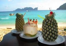 Ananas am Strand