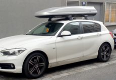Dachbox auf Auto / Skibox