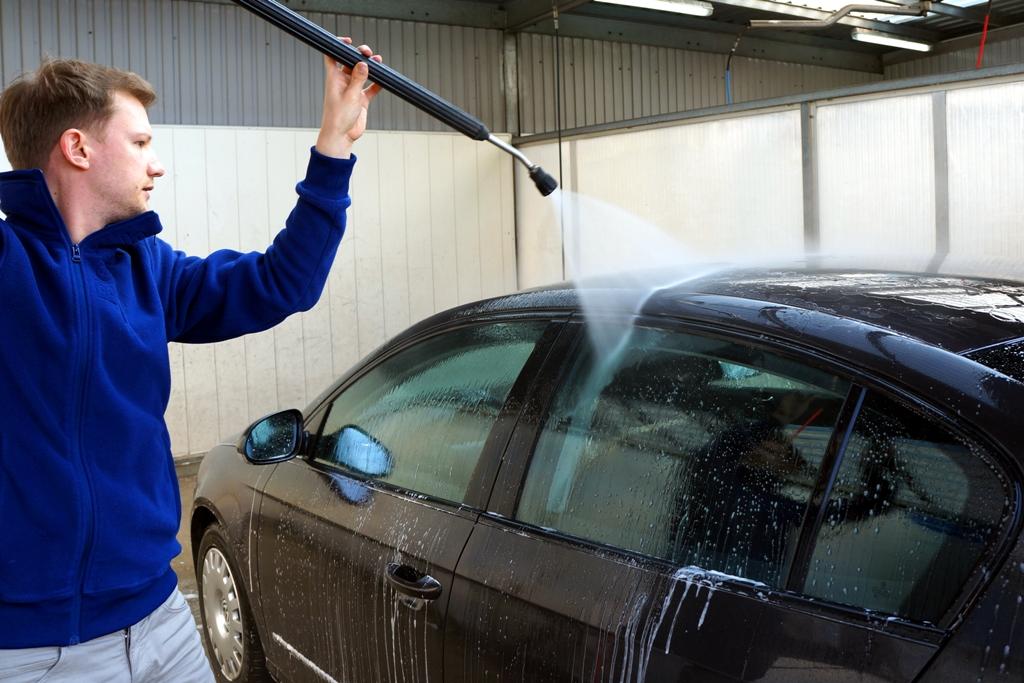 Autowaschen Mit Hochdruckreiniger Lizenzfreie Fotos Bilder