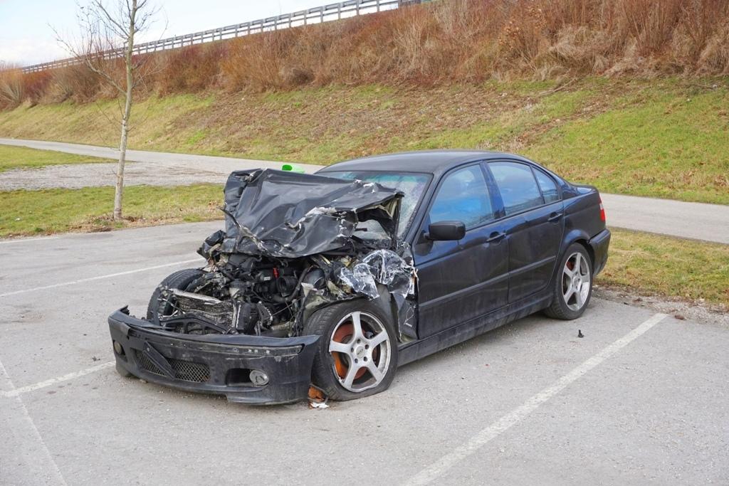 Autounfall Totalschaden