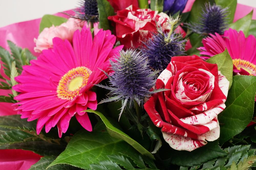 Blumenstrauß Gerbera und Rosen