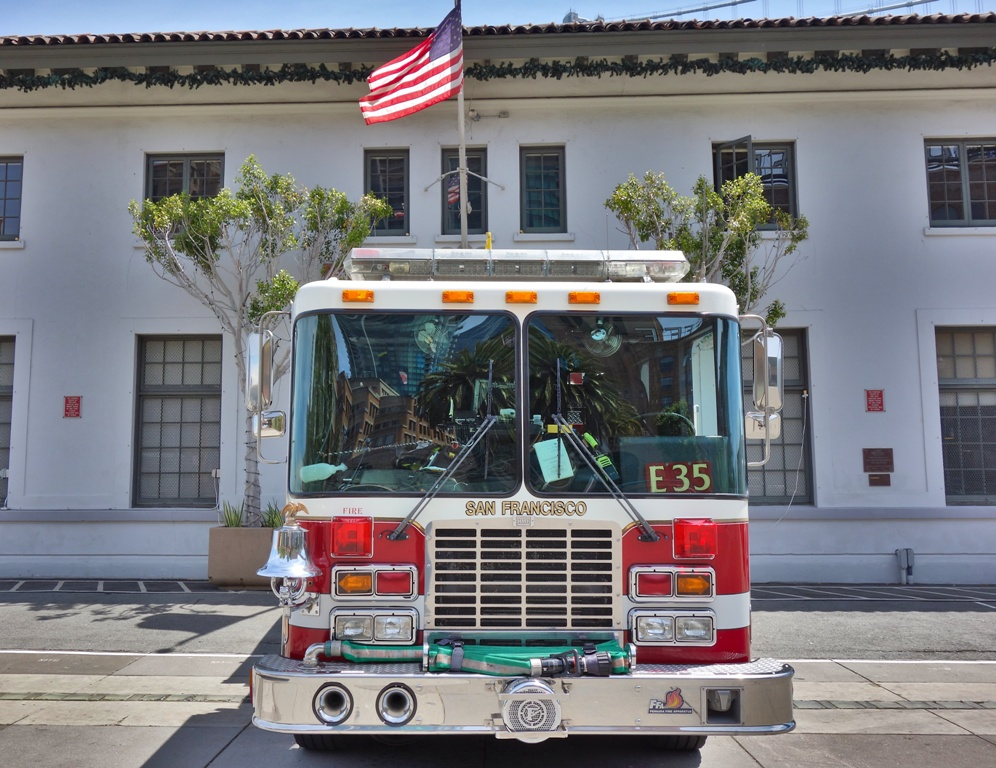 Feuerwehrauto von vorne