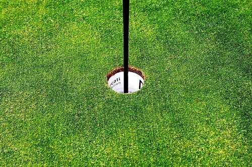 golfplatz-green