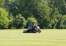 Rasenmäher Golfplatz