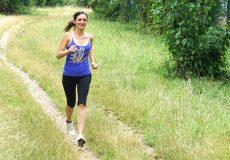 Junge Frau beim Training Sport