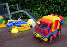 Kinderspielzeug Spielplatz