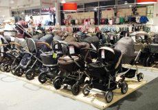 Kinderwagen im Geschäft