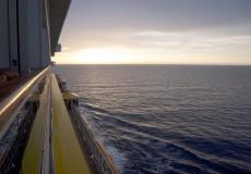 Sonnenaufgang Kreuzfahrtschiff