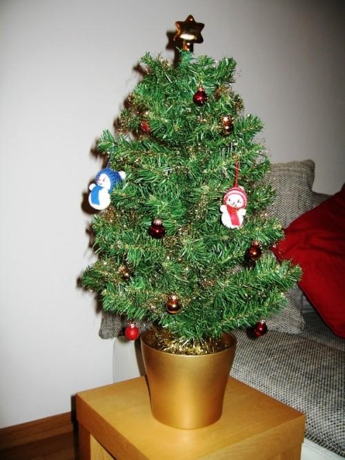 Top 28 tisch weihnachtsbaum tisch tannenbaum tischdeko for Tannenbaum im topf obi