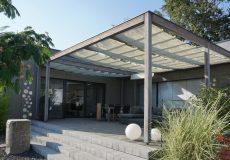 Eine moderne Terrasse