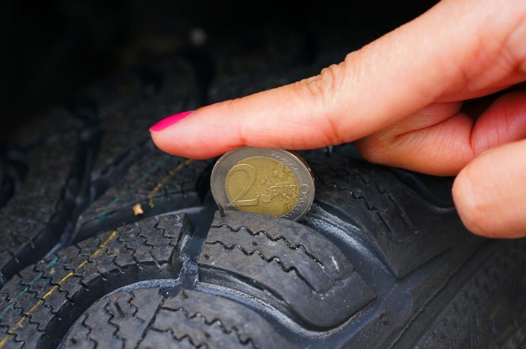 Reifen Profiltiefe messen