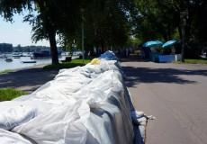 Sandsäcke Hochwasserschutz Donau