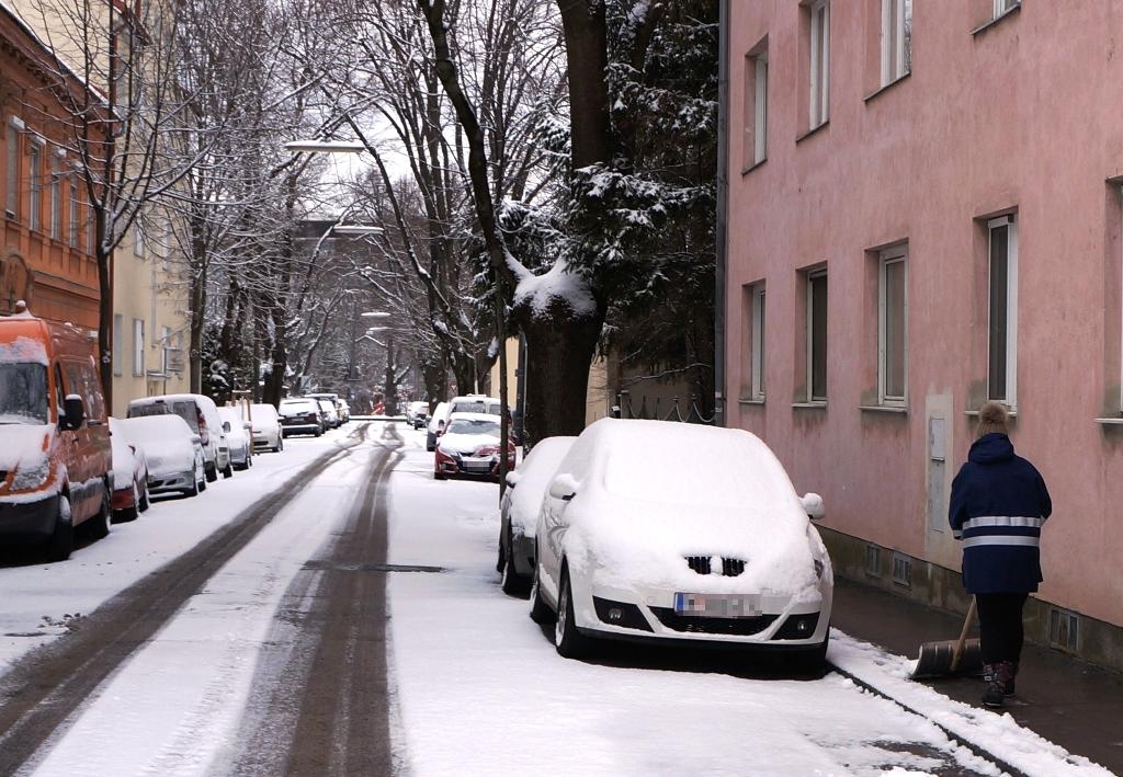 Schnee schaufeln Winter