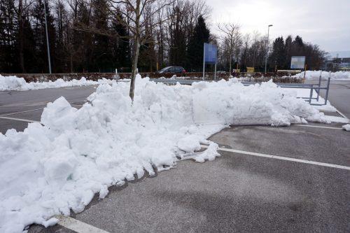 schneeräumung-parkplatz