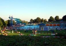 Schwimmbad – Freibad – Ausblick Liegewiese
