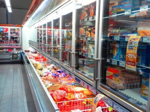 supermarkt-kuehlfach-tiefkuehl