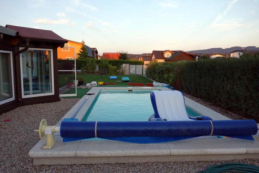 Swimmingpool Garten - lizenzfreie Fotos / Bilder kostenlos ...