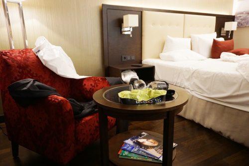 unaufgeräumtes-hotelzimmer
