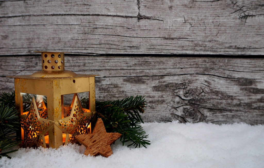 Weihnachten – Eine Laterne leuchtet