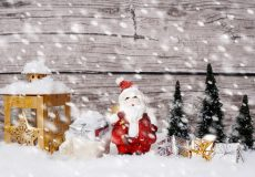 Weihnachtsmann im Winter Schneefall