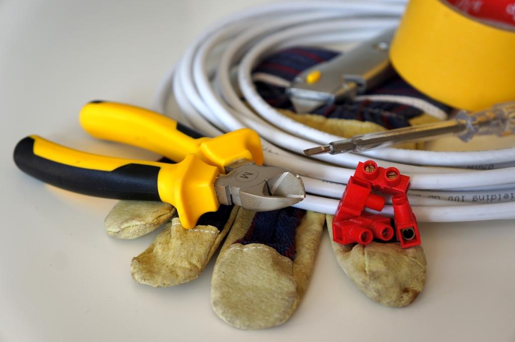 Werkzeug Kabel Zange
